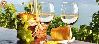 Rượu vang với cách giảm mỡ bụng