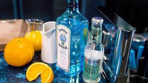 Gin - Nguồn gốc của những ly Cooktail nổi tiếng